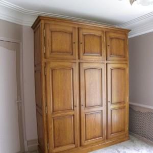 armoire ton merisier