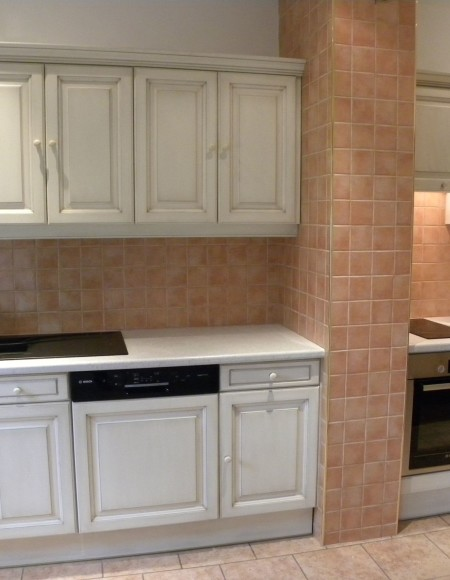 cuisine contemporaine blanc cass patine chocolat gilles. Black Bedroom Furniture Sets. Home Design Ideas
