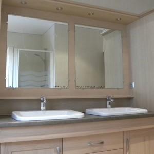 salle de bains moderne bois