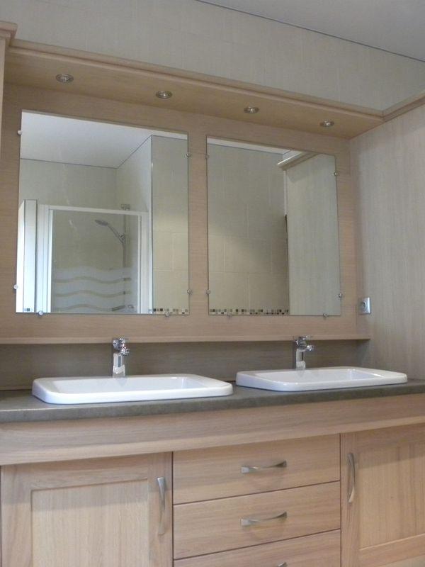 Salle de bains moderne bois - Gilles Martel