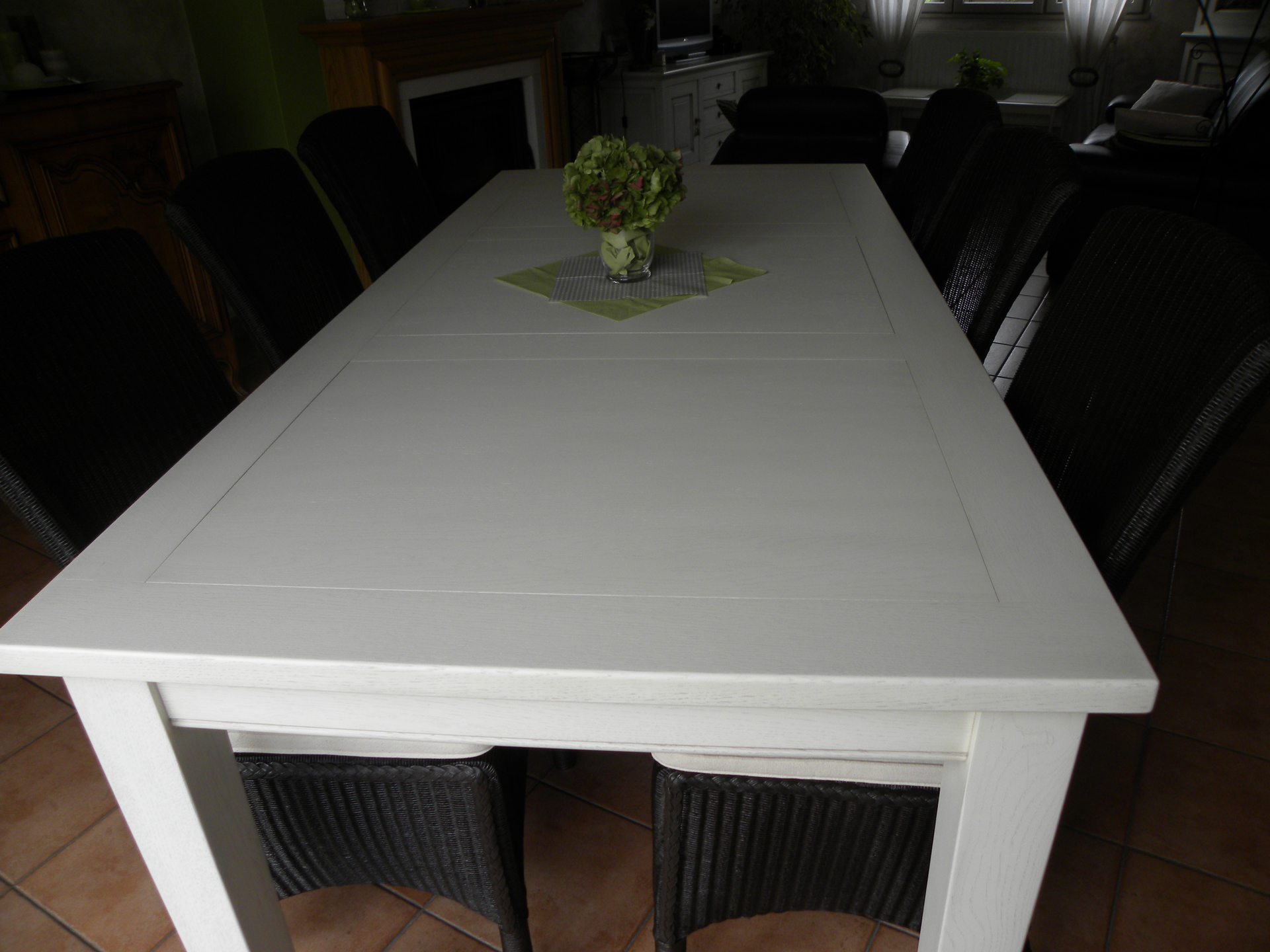 Table a manger blanche for Table salle a manger blanche