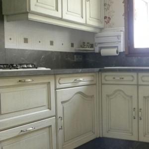 cuisines martel-cuisine blanc cassé patine grise