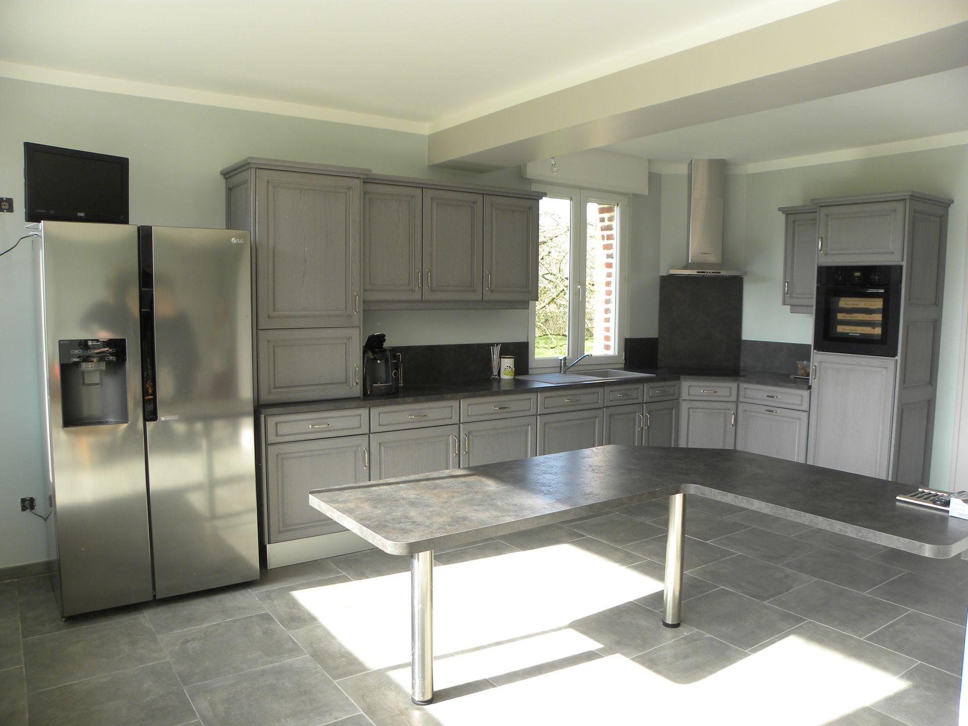 cuisine gris fonc patine grise gilles martel. Black Bedroom Furniture Sets. Home Design Ideas