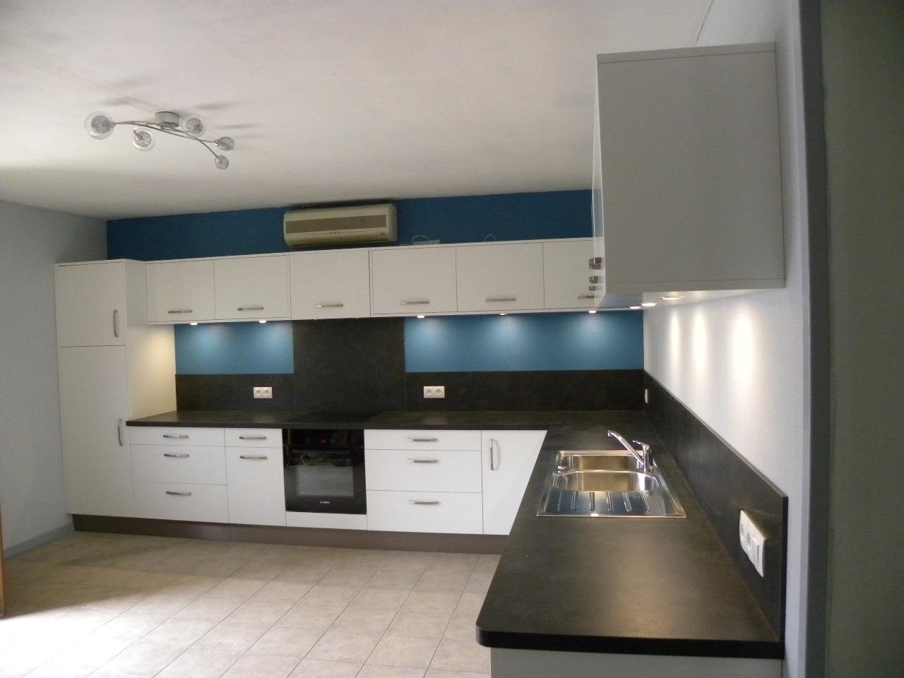 cuisine blanc cass gilles martel. Black Bedroom Furniture Sets. Home Design Ideas